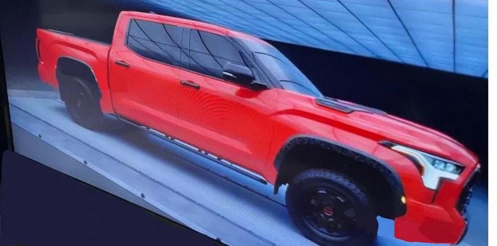 внешность обновленной Toyota Tundra существенно переработали, сделав е более строгой