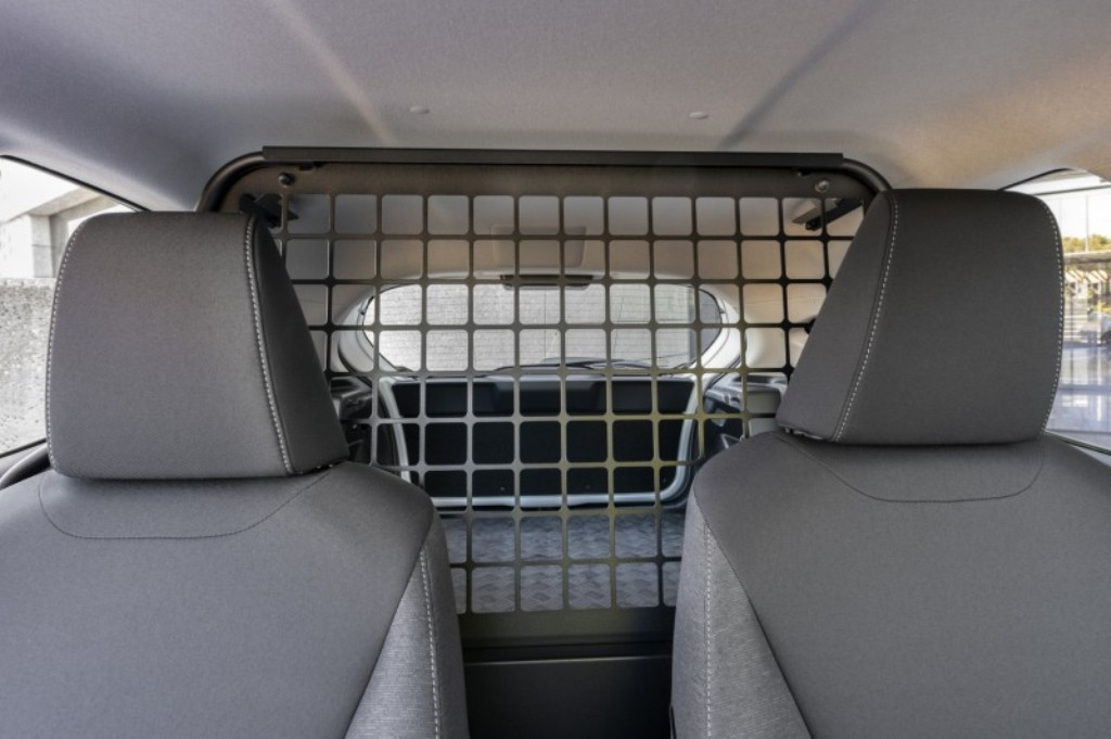 Объем багажного отделения составил 720 литров