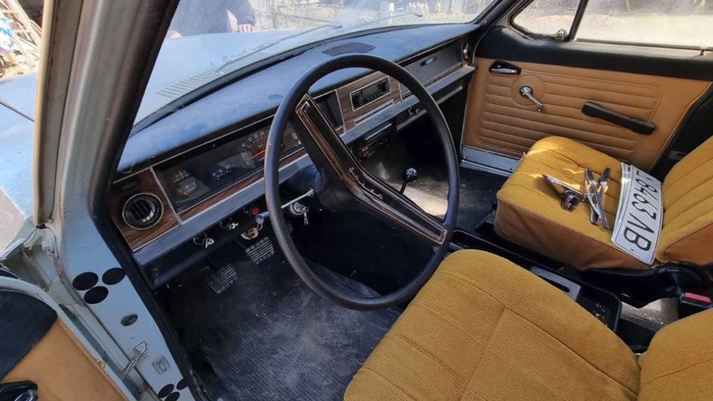 Несмотря на солидный возраст, все узлы и агрегаты в машине исправны