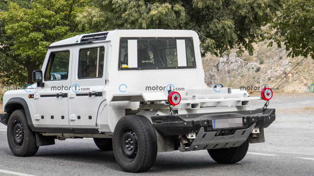 Под капотом будет установлен 3,0-литровый бензиновый рядный шестицилиндровый двигатель BMW